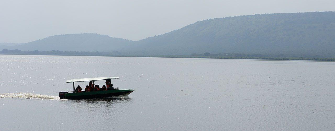 boat cruise lake mburo